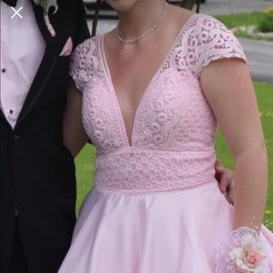 Stunning pale pink prom gown!